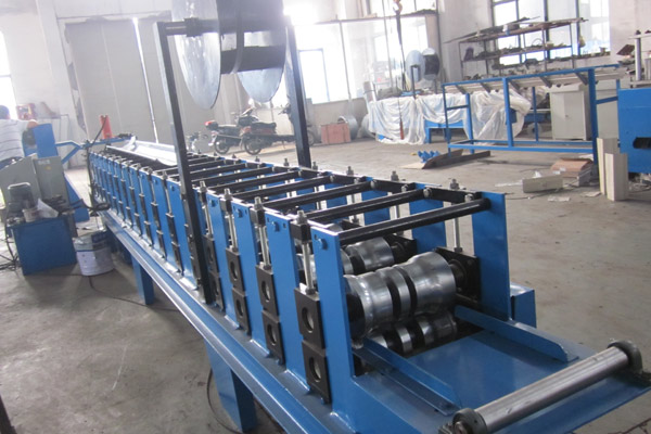 gutter-roll-forming-machine-8.jpg
